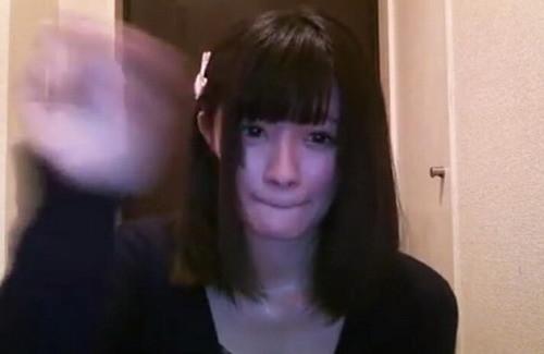 日本美女游戏主播忘关摄像头
